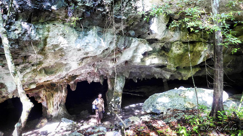 Deyan at the Ixtlan cave